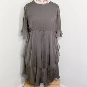 Who What Wear Olive Green Ruffle Cold Shoulder